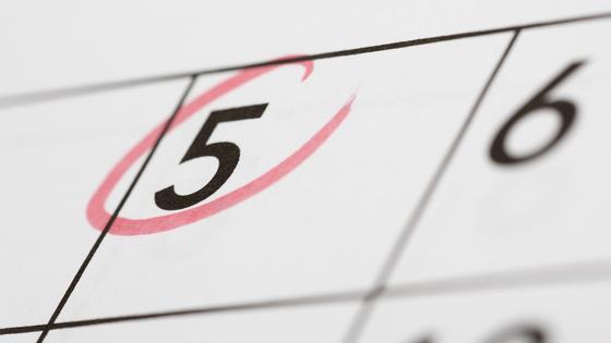 число 5 обведено в календаре