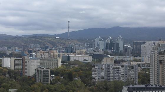 Вид на горы Алматы