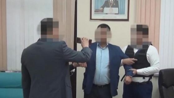 Задержание чиновника в Шымкенте