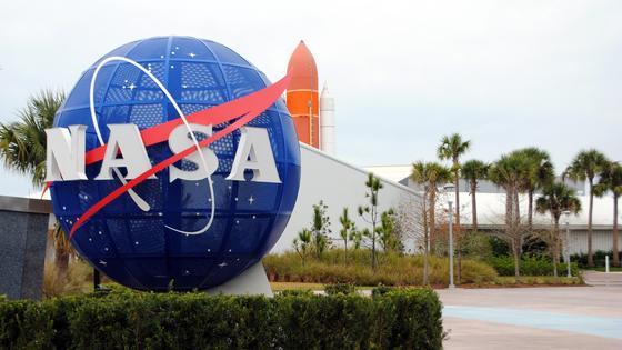 Логотип NASA во Флориде