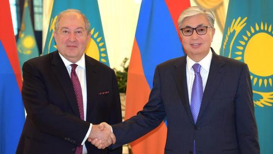 тоқаев армения президентімен