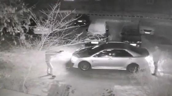 Похожим на пистолет предметом угрожал водителю мужчина в Павлодаре