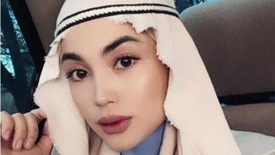 Ақбота Сейітмағамбет хиджабпен