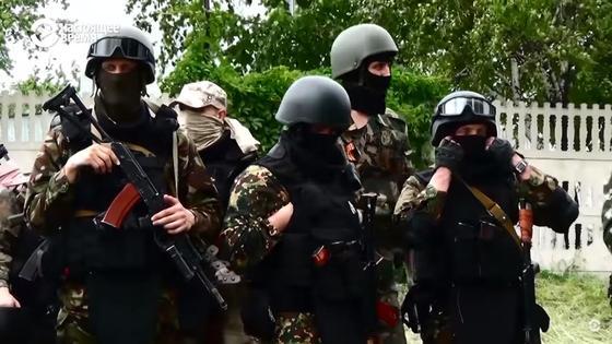 Наемники. Донбасс. Фото кадр из видео Youtube-канала Настоящее Время
