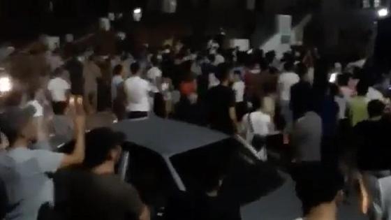 Толпа болельщиков в Шымкенте