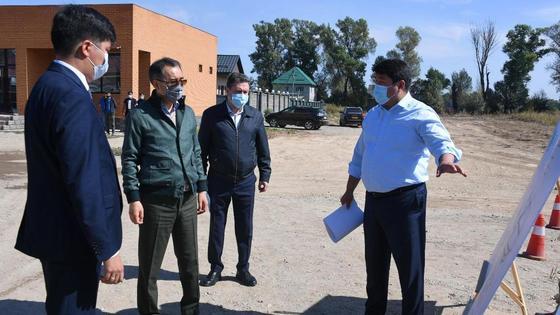 Сагинтаев проверяет строительство сетей водоснабжения