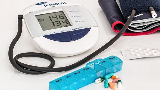 Тонометр, лекарства