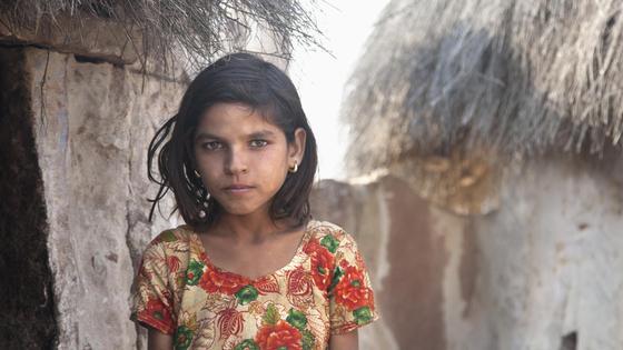 Девочка из индийских трущоб