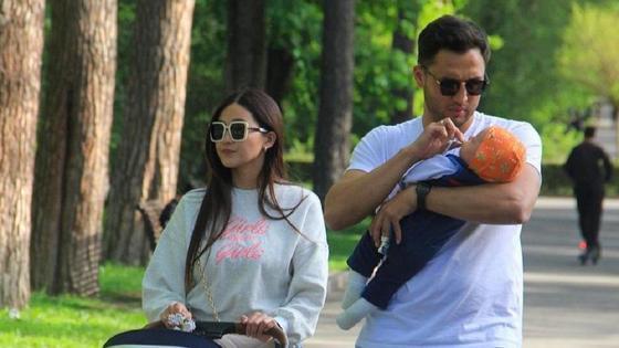 Таукел Мусилим с супругой и сыном