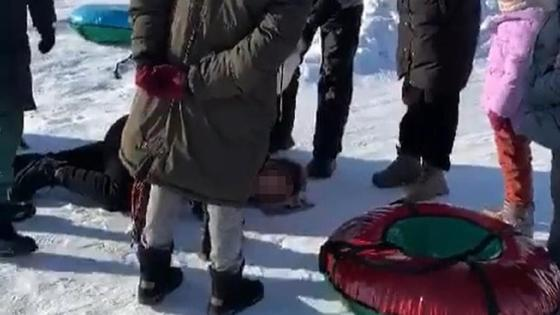Женщина сломала позвоночник в Карагандинской области