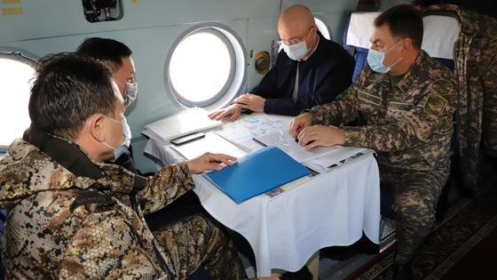 Роман Скляр, Юрий Ильин, Серик Кожаниязов и Ермек Маржикпаев