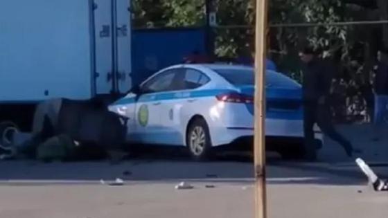 Полицейский автомобиль попал в аварию