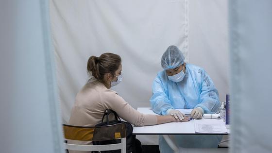 Вакцина егу үстінде