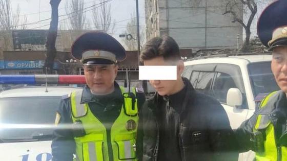 Парень, потушивший Вечный огонь в Бишкеке