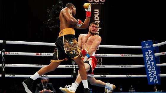 Али Ахмедов во время боя