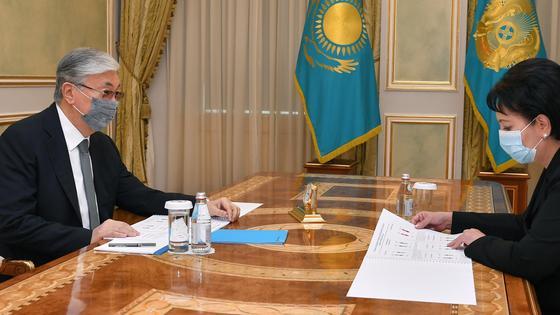 Касым-Жомарт Токаев и Гульшара Абдыкаликова