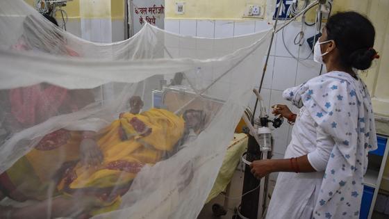 Больной проходит лечение в больнице Аллахабада