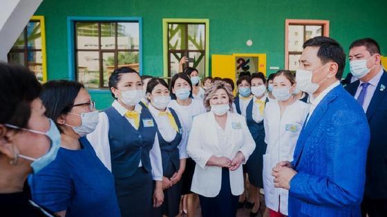 Детский сад для детей с нарушениями зрения и школу открыли в Нур-Султане