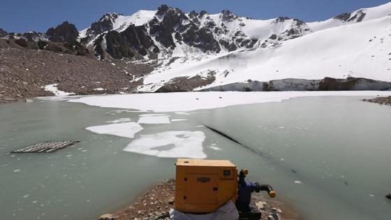 моренное озеро в горах Алматы