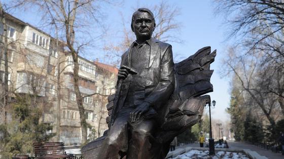 Скульптура Герольда Бельгер