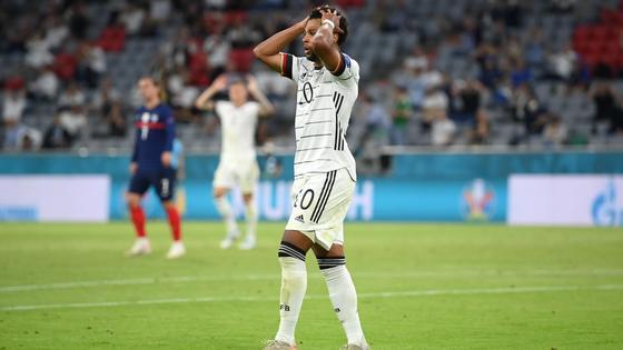 Германия уступила Франции