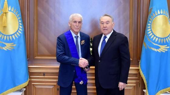 Нұрсұлтан Назарбаев пен Рашит Сәрсенов