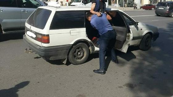 Задержание группы вымогателей в Уральске