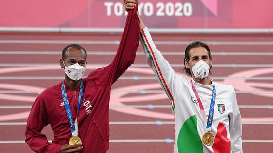 Мутаз Баршим из Катара и Джанмарко Тамбери из Италии