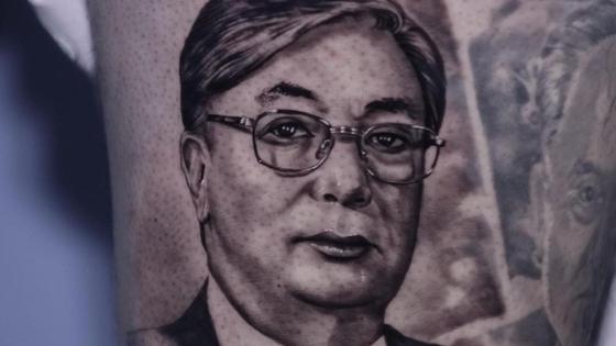 Тату с изображением Токаева