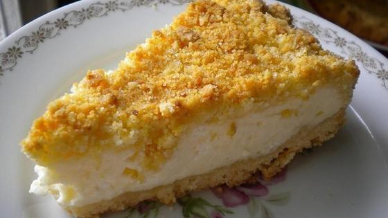 Кусочек творожного пирога