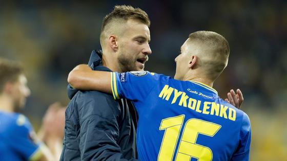 Футболисты сборной Украины Ярмоленко и Миколенко