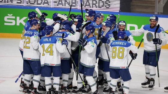 Казахстан празднует победу над Латвией