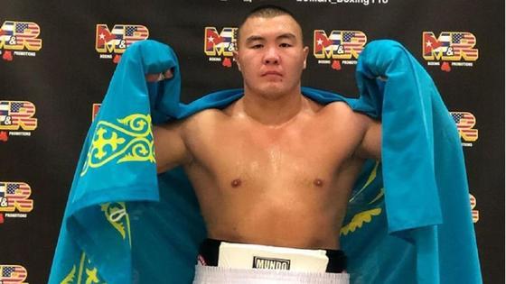 Боксер Серик Мусадилов