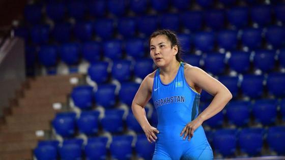 Спортсменка Эльмира Сыздыкова