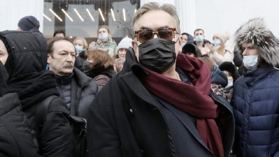 Станислав Садальский на похоронах Гафта