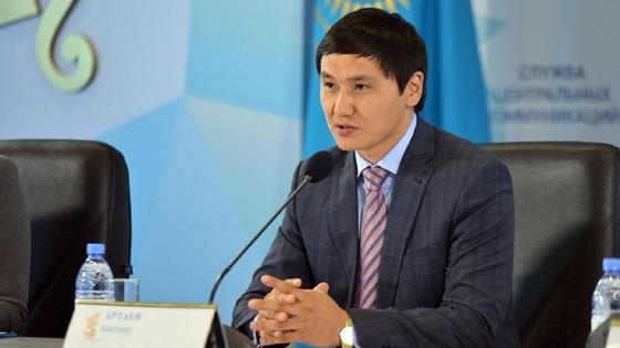 Бақтияр Артаев