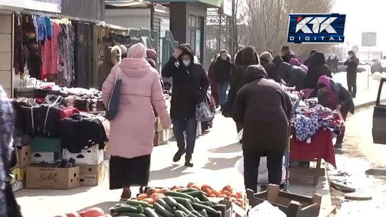 Стихийная торговля в Атырау