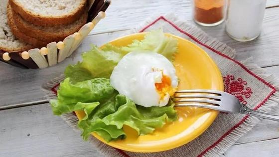 Как сварить яйцо пашот в микроволновке