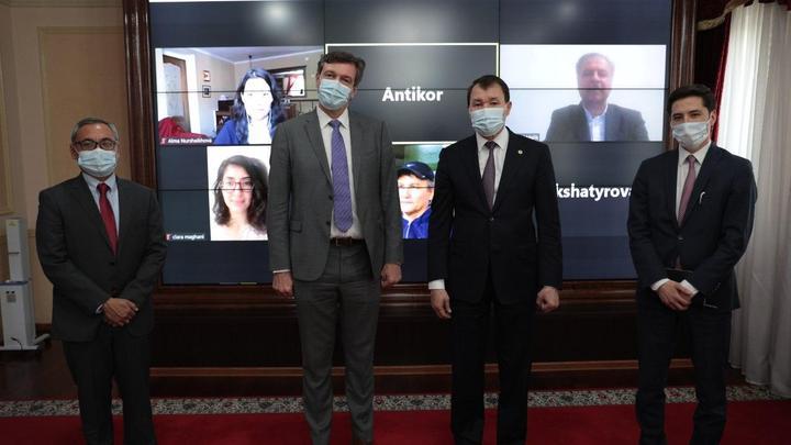 Шпекбаев встретился с постоянным представителем Всемирного банка в Казахстане